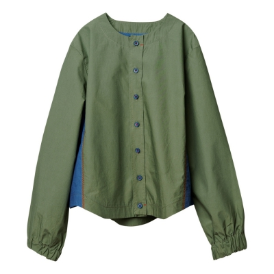 Shirt green color